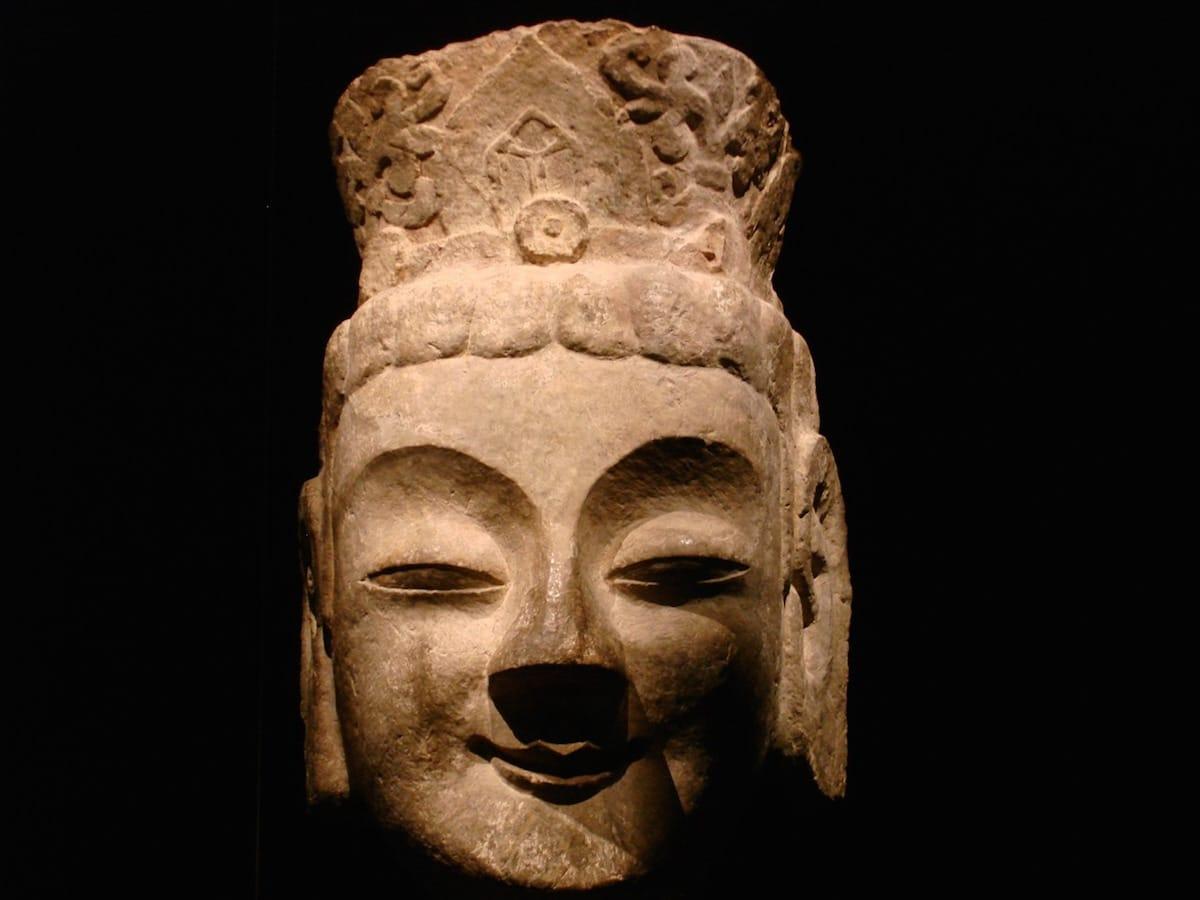 Shambhala Sun, Lion's Roar, Buddhism, Travel, Meditation, Sakyong Mipham, Vajrayana / Tibetan Buddhism
