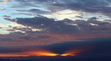 Clouds, Ezra Bayda, Lion's Roar, Shambhala Sun, Genuine, How to