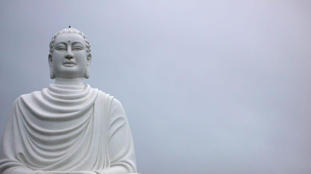 Linji Zen Thich Nhat Hanh Enlightenment Commentary Buddhadharma Buddhism Lion's Roar