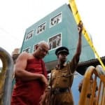 Sri Lankan Buddhist mob attacks mosque in Colombo