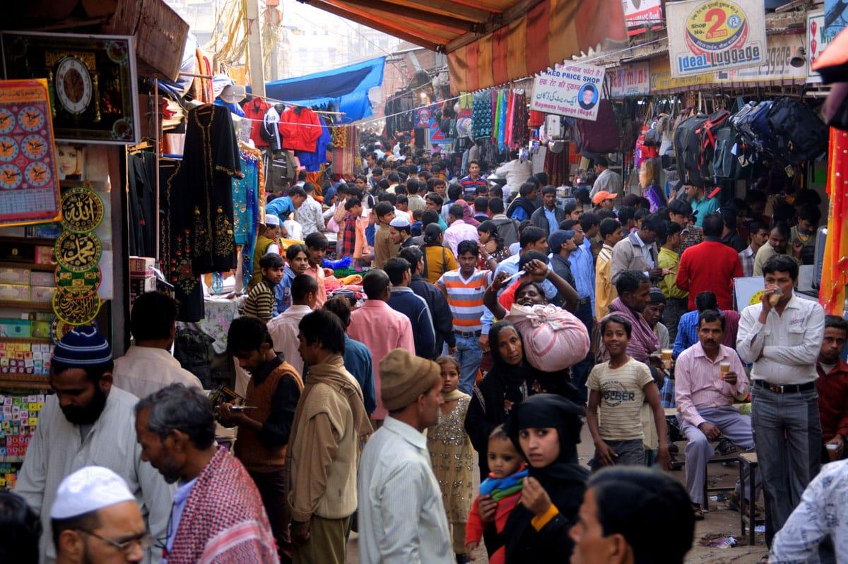 Old Delhi Train Melvin McLeod Dalai Lama Lion's Roar Buddhism Travel Shambhala Sun