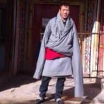 Tibetan man self-immolates in front of shrine