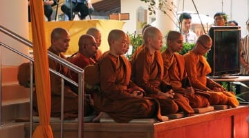indonesia, bhikkhuni, lion's roar, buddhism, news