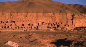 Tibet, Zen, Lion's Roar, Buddhadharma, Review