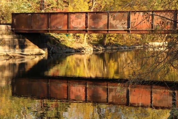 ancient_railroad_bridge_yahara_river