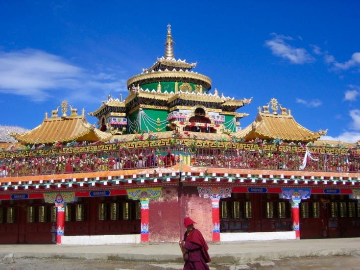 Jutrul Temple at the crest of the ridge at Larung Gar. Photo by Holly Gayley.