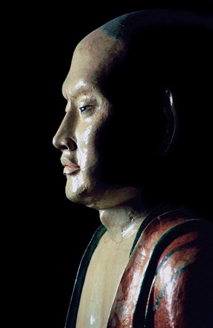 Bodhisattva statue