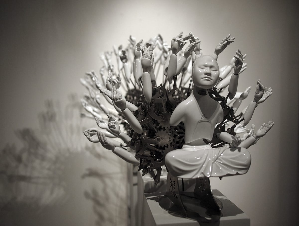 Mechanical bodhisattva sculpture by Wang Zi-Won.