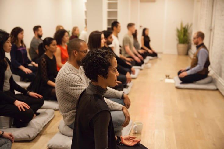 Meditators in a class at MNDFL.