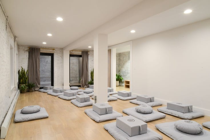 The larger meditaiton room at MNDFL.