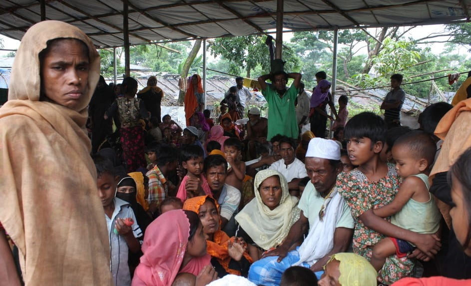 Myanmar refugees in a shelter in bangladesh.