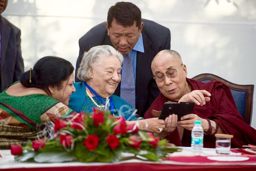 Dalai Lama launches iPhone app to share news and teachings - Lion's Roar