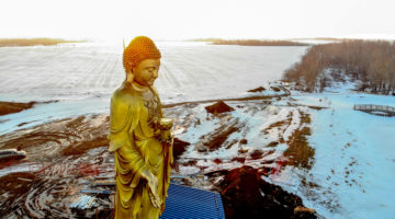 50-foot Buddha statue erected in Canadian prairies